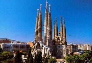 Séjour dentaire pas cher à Barcelone. Nous organisons votre séjour à Barcelone et Cunit